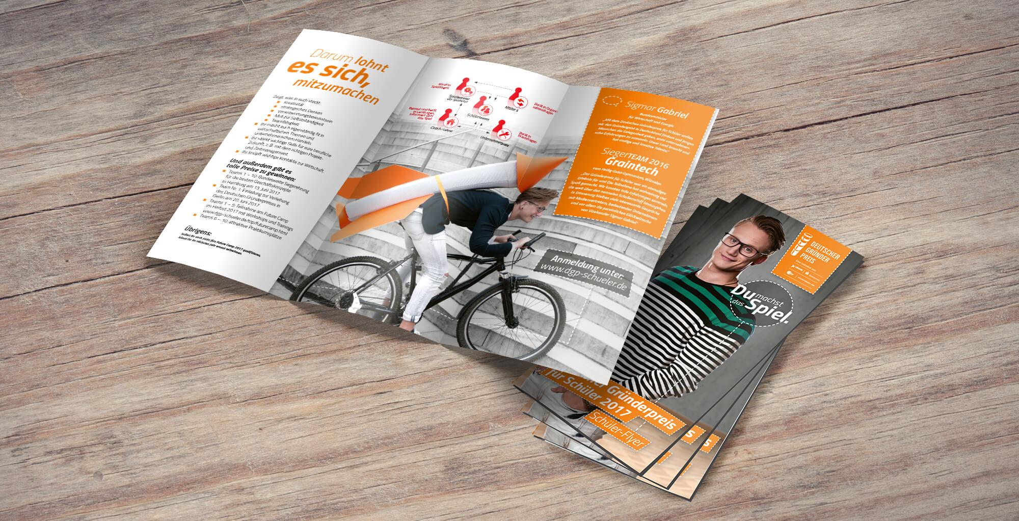 Gestaltungsbeispiel für den Bereich Printemedien / Flyer Deutscher Gründerpreis